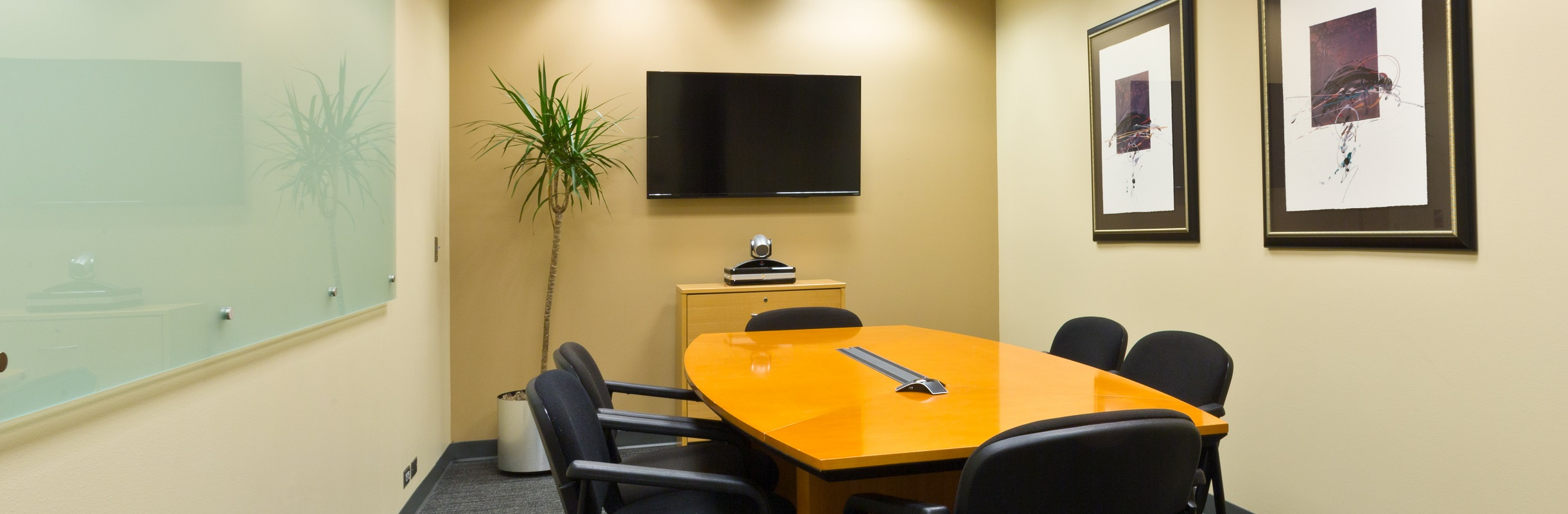 Medium Conference Room Image
