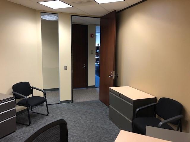 Office 2853 Towards Door